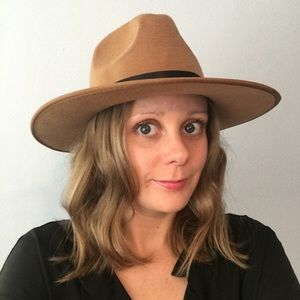 Accessories - Tan wide brim panama hat with black strap